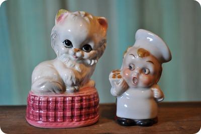 Gatito y cocinero