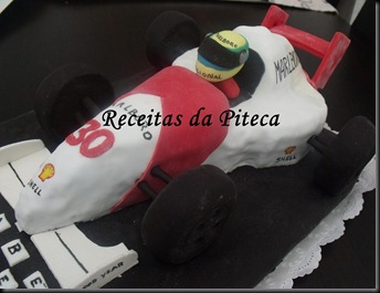 Bolo de aniversrio Carro de Formula 1 (Vegan)- lateral direita