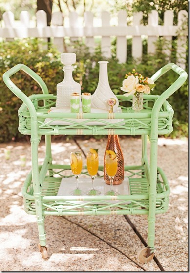 wedding_mint_yellow_decor_decoration_bride_groom_family_colors_color_colorful_style_spring_summer_day_sweet_bar_cart