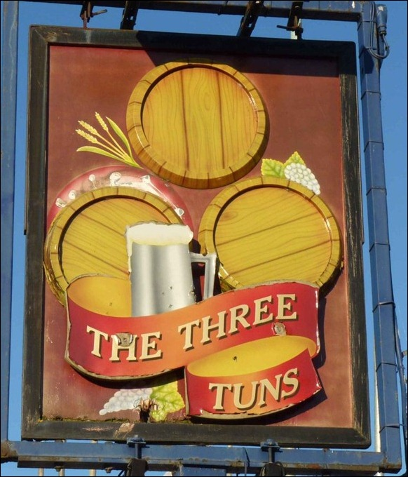 The Three Tuns 01