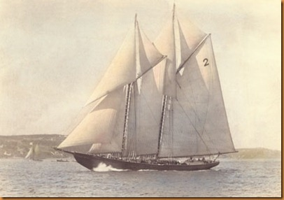 Bluenose_1921_by_MacAskill