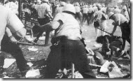 Police-riot-in-Chicago-Dennis Brack-Black Star
