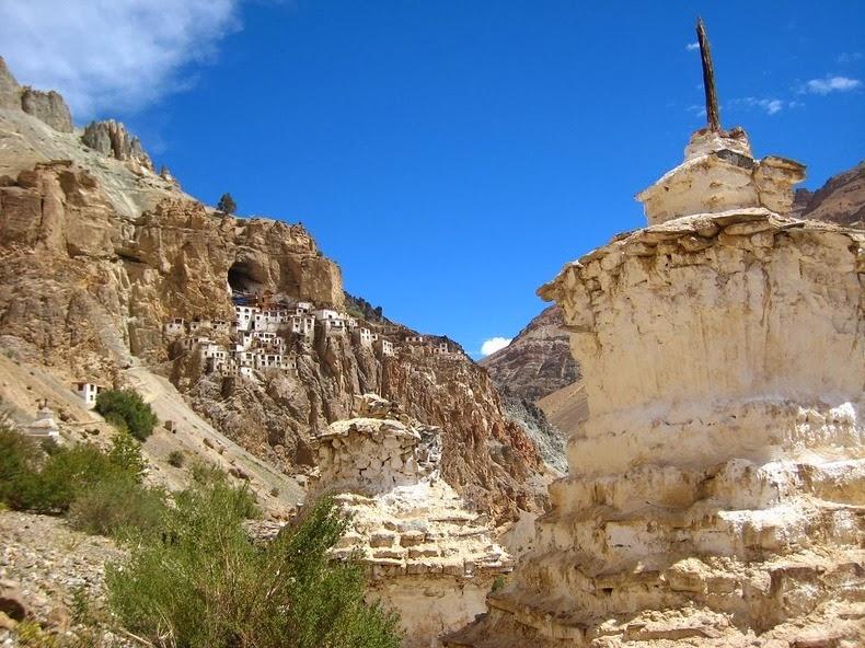 phugtal-monastery-12