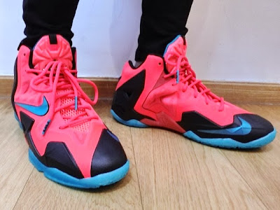 nike lebron 11 gs crimson elite 1 03 Kids Nike LeBron XI GS Styled to Match the Mens Crimson Elite