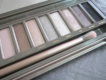 naked 2 palette, bitsandtreats