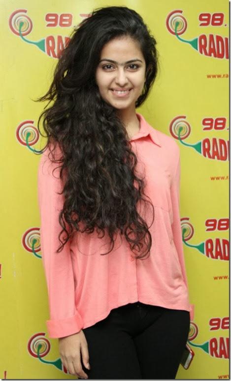 Actress Avika Gor @ Uyyala Jampala Team @ Radio Mirchi Photos