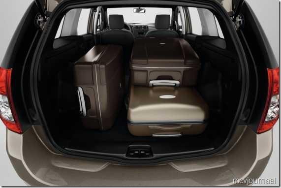 Dacia Logan MCV 2013 08