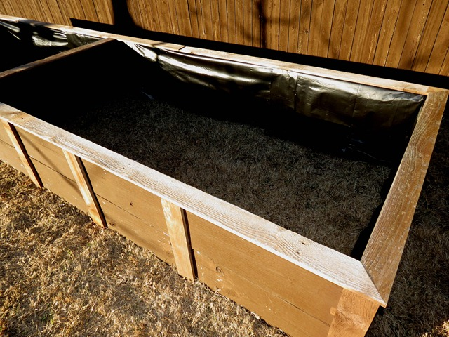 building raised garden box style with cents8