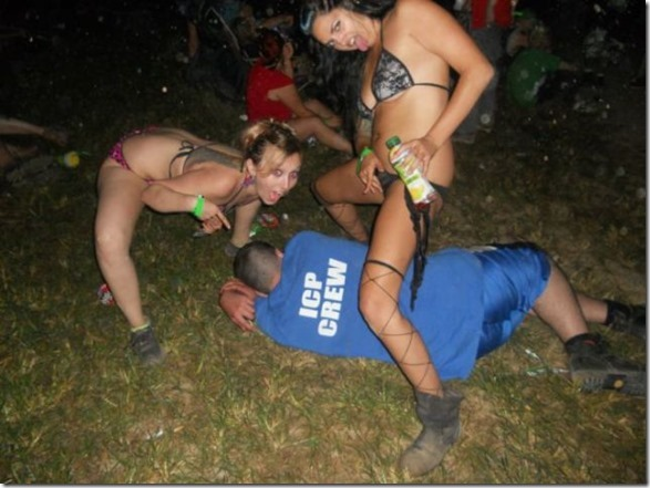 passed-out-juggalos-12