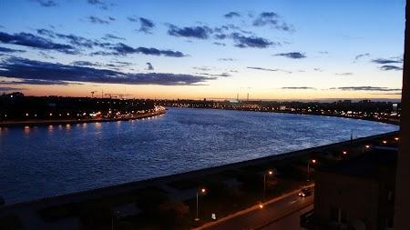 Foto cu Sony: Apus de soare peste Neva
