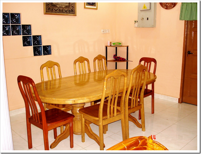 gambar ruang makan sederhana