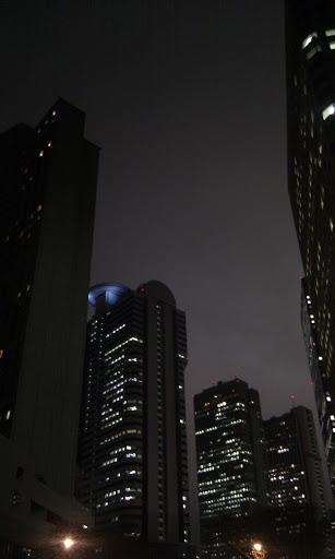 [写真]夜の西新宿