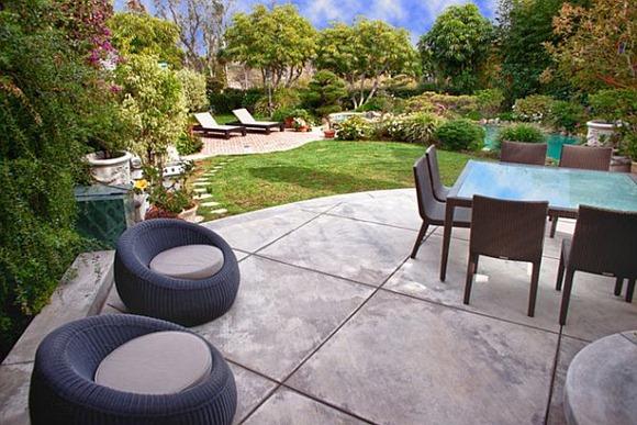 Elegante piso de patio de concreto