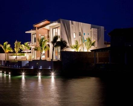fachada-casa-contemporanea-Bonaire