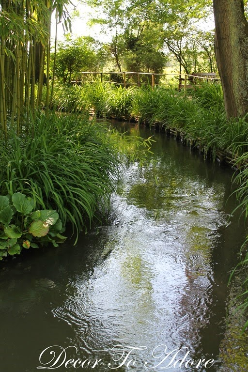 Monet's Garden 072