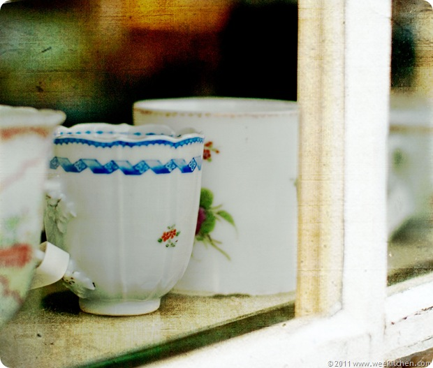 11-06-10-antique-cups