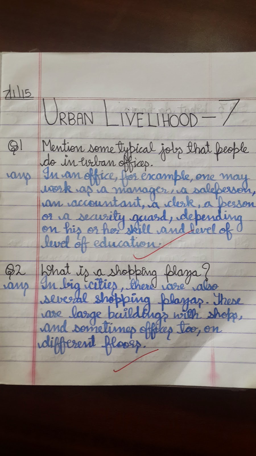 urban livelihood Urban livelihood learning goals: occupations in cities permanent job casual workers daily wage earners social security net a city is a much bigger.