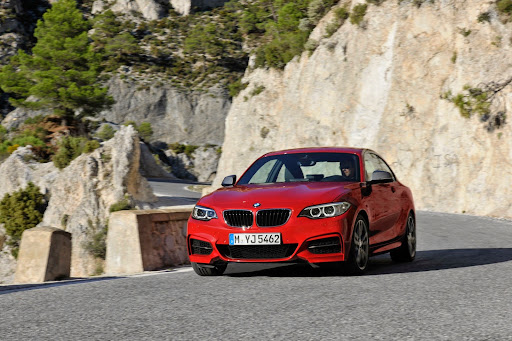 BMW-M235i-Coupe-01.jpg