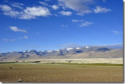 012 Tso Kar vue des montagnes