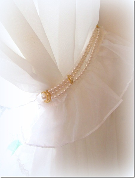necklace tie back for curtain