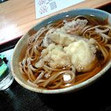 そば。ソバ粉でつくった麺類。