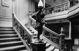 RMS_Olympic_aft_grand_staircase