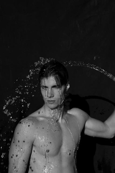 Dorian Reeves @ Mode/Nous by Aldo Rossi, 2011