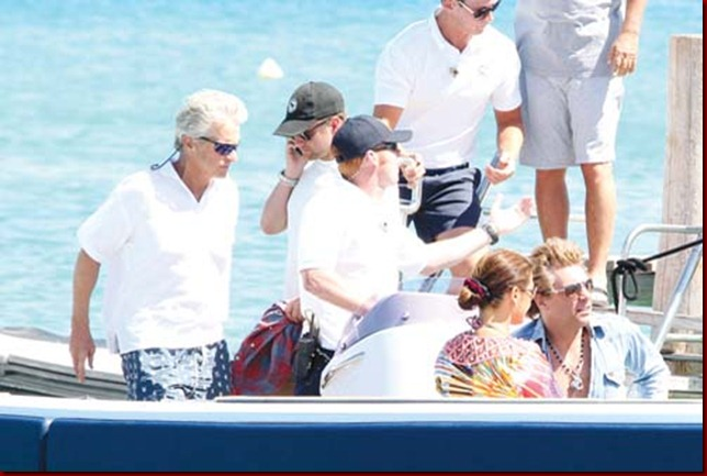CATHERINE ZETA-JONES ET MICHAEL DOUGLAS A SAINT-TROPEZ