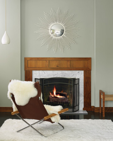 A shag rug and a sheepskin throw are especially appealing in winter.