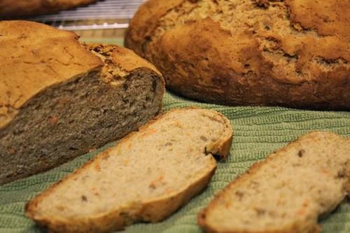 spelt-rye-carrot-bread_307