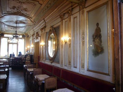 An interior of Cafe Florian, the oldest coffee house in continuous operation in the world! Its design is beautifully old-world. Gold embellishments and intricate moldings make the cafe a true tourist destination.  (thecountrypolitan.blogspot.com)