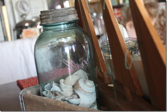 dining room beach pepsi crate decor 004