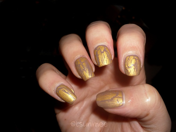 beautyuk-night-fever-gold-shatter-polish12