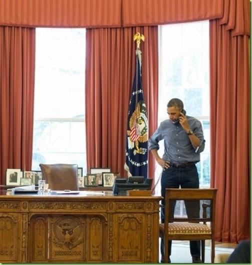 obama-jeans-calling-russian-president-vladimir-putin