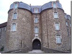 2012.08.05-040 porte du château