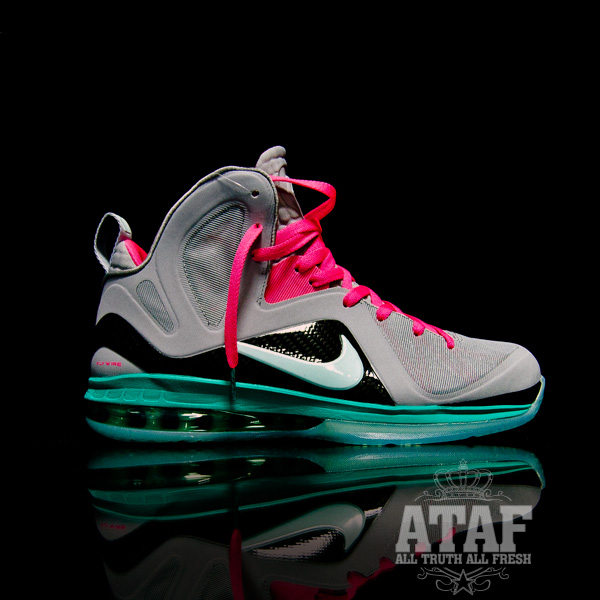 Nike LeBron 10 X ID Pre Heat South Beach