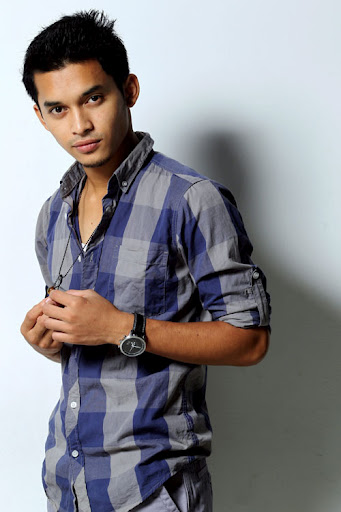 aeril zafrel, gambar aeril zafrel seksi, biodata aeril zafrel