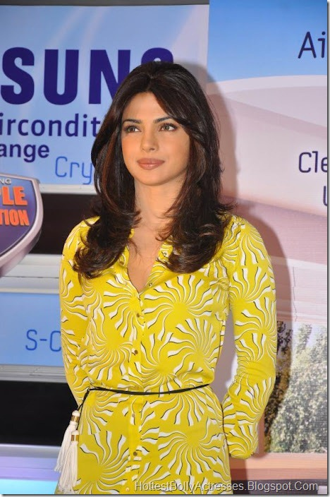 Priyanka Chopra Sexy Pics in Yellow Dress 6