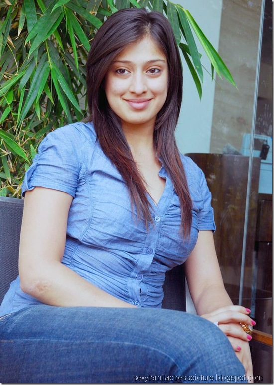 lakshmi_rai_tight_jeans_and_shirt_stills_07