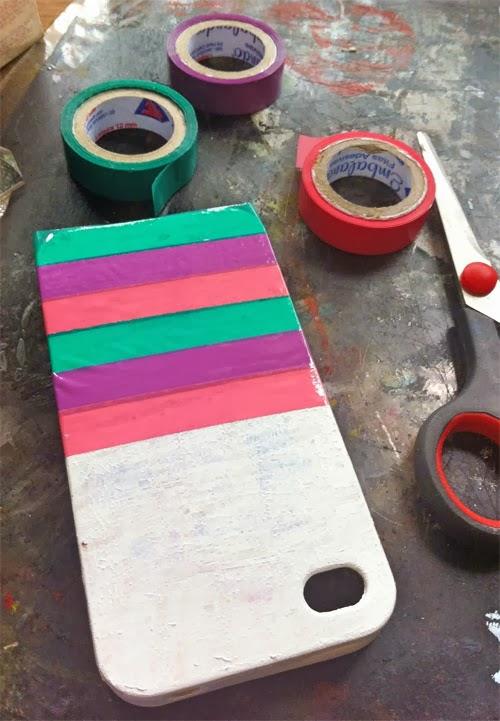 diy-customizando-capinha-celular-fita-adesiva-2.jpg