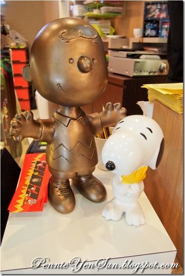 Charlie Brown Cafe (4)