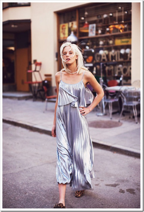 Silver-Pleats-Dress-For-Street-Fashion-_2