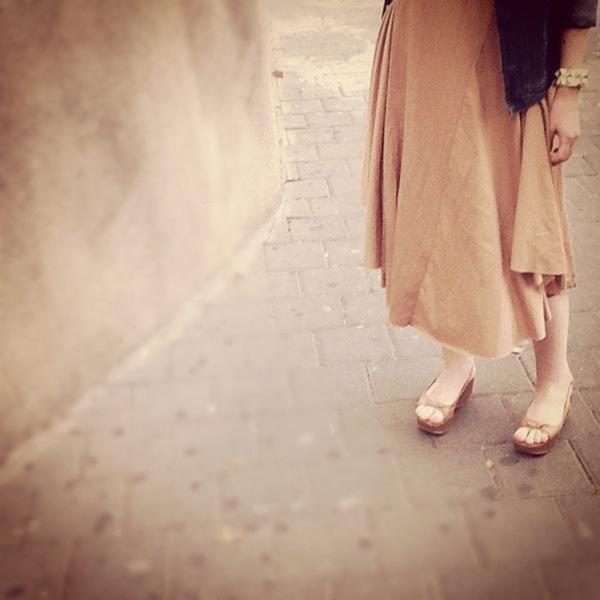 beige dress3