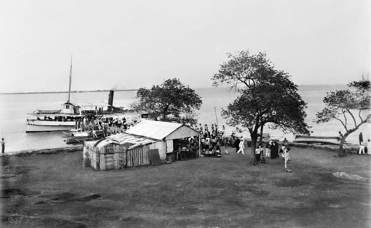 SS MANILA. John T. Pilot Collection Photostream. Flickr. Finales siglo XIX o principios del XX. Batan.jpg