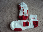 nike basketball elite lebron socks whitered 1 01 Matching Nike Basketball Elite Socks for LeBron 9 Miami Vice