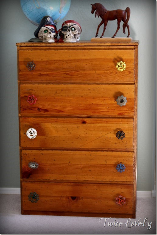 Vintage Valve Dresser