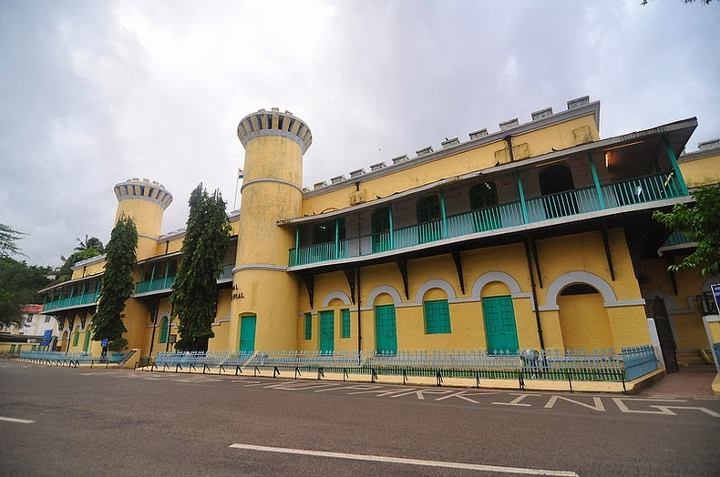 cellular-jail-2
