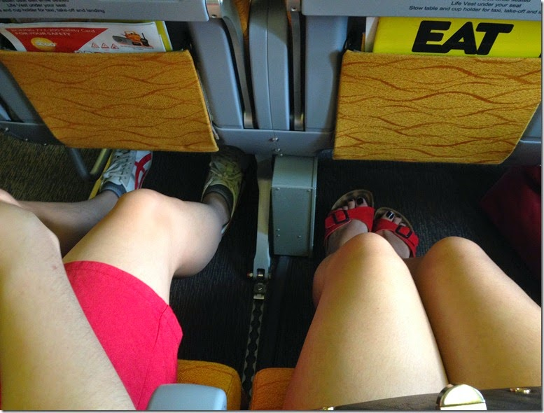 Scoot extra leg room