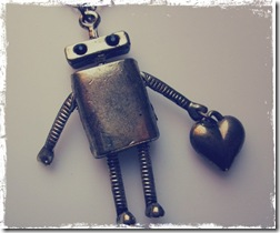 robotos nyaklánc