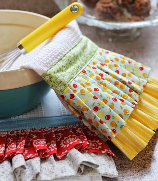 Ruffle Dishtowels